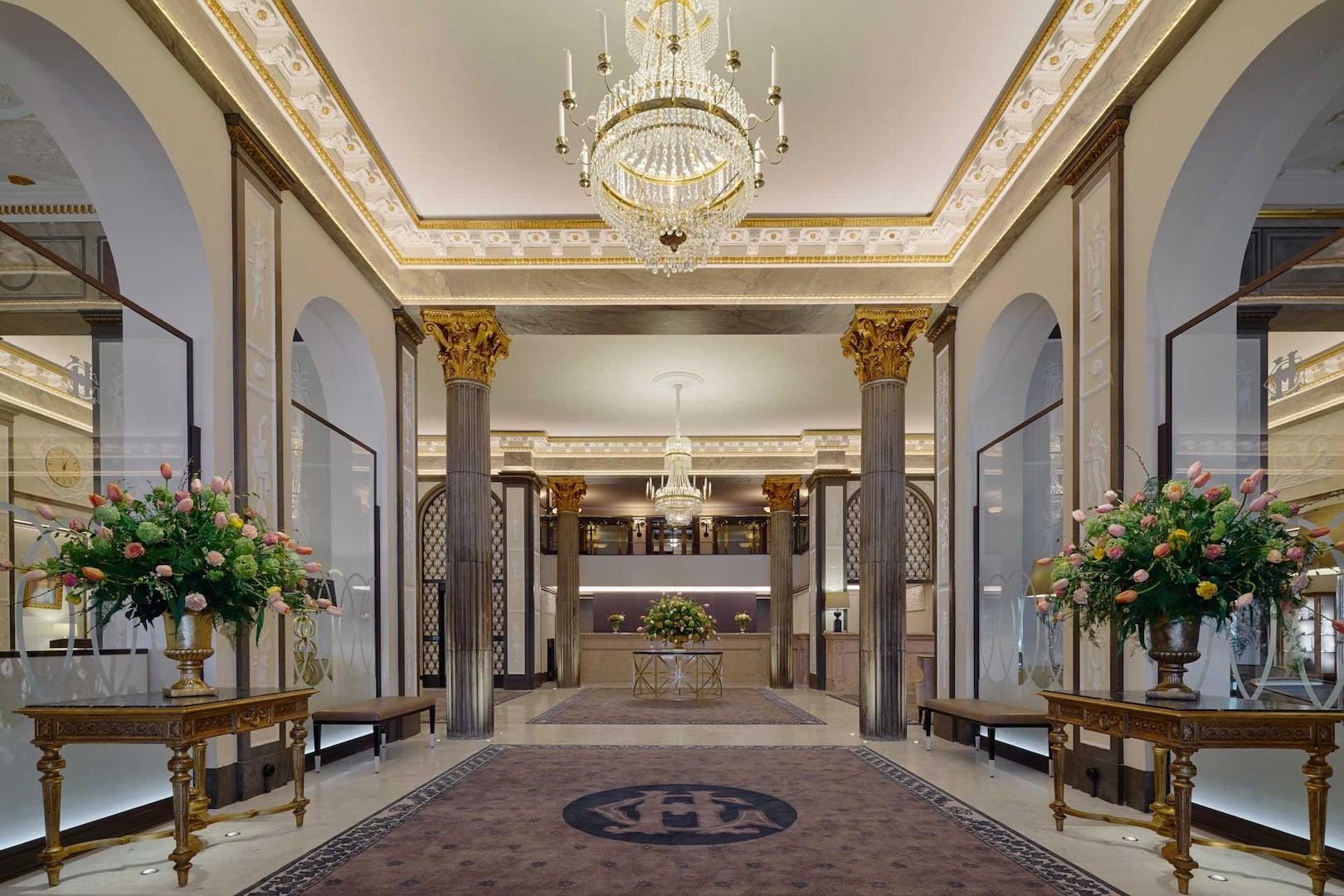 lobby of Grand Hôtel
