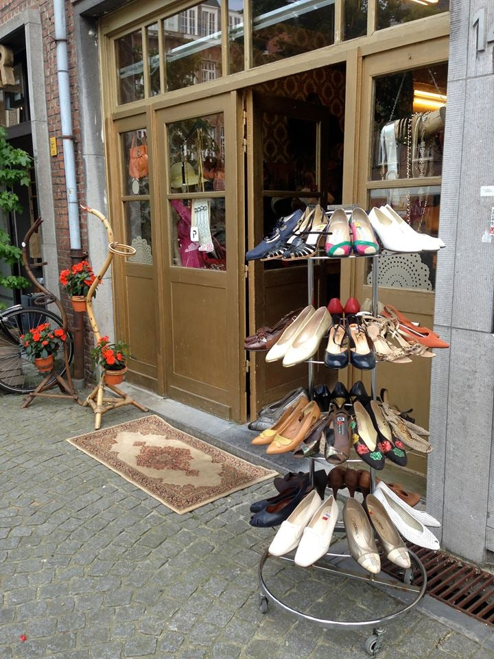 Vintage shoes displayed outside the shop My Ohm in Antwerp