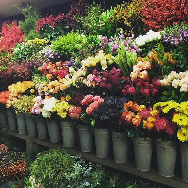 flowers at Flor Artes store