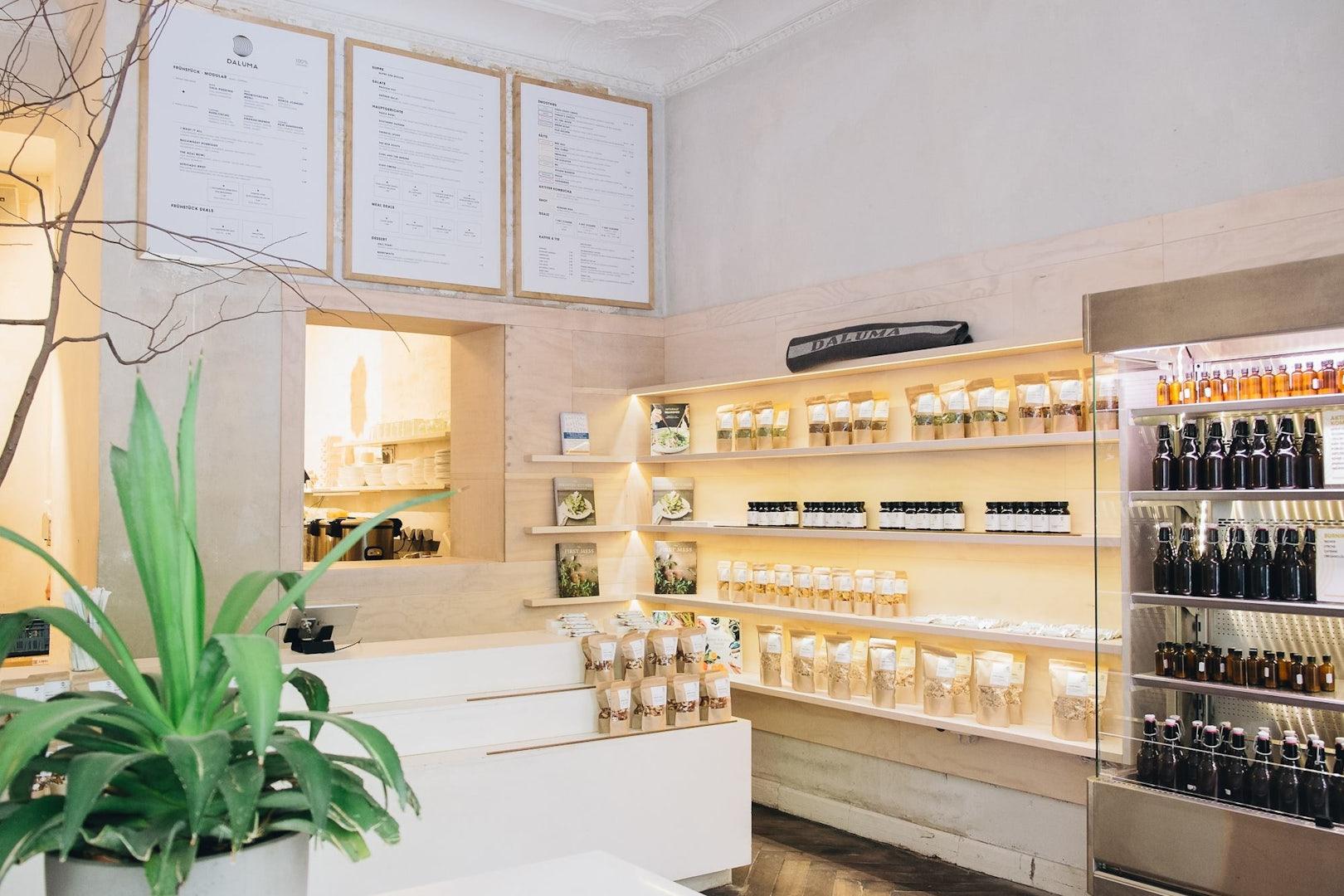 Daluma bar and products