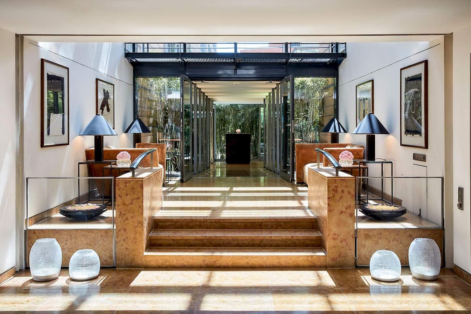 interior at Restaurant Facil