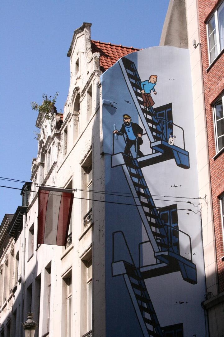 comic book mural of Tintin