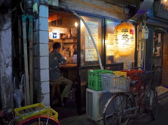 Akabana small tea stall in Tokyo city