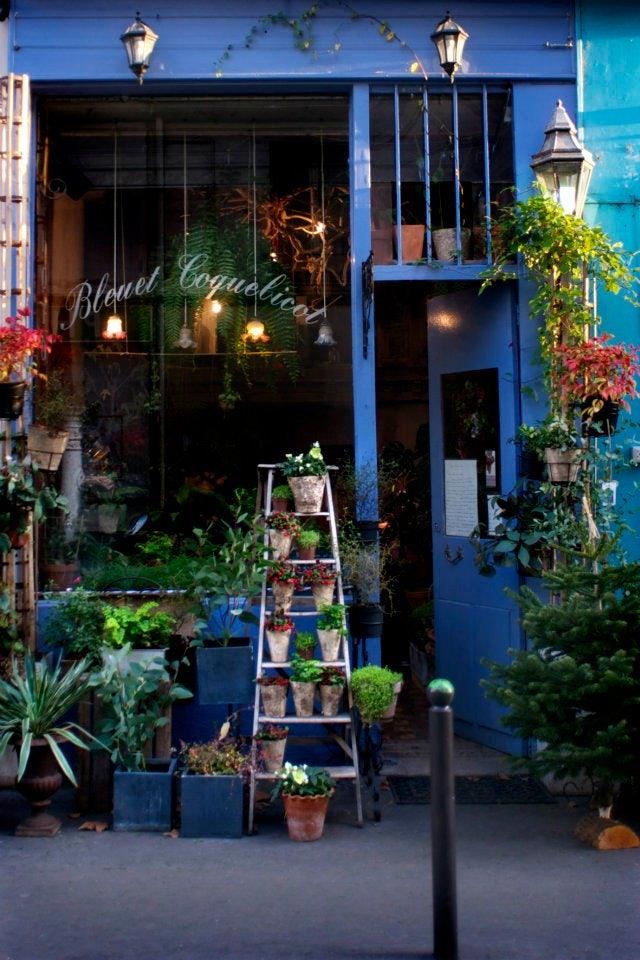 façade of flower store Bleuet Coquelicot