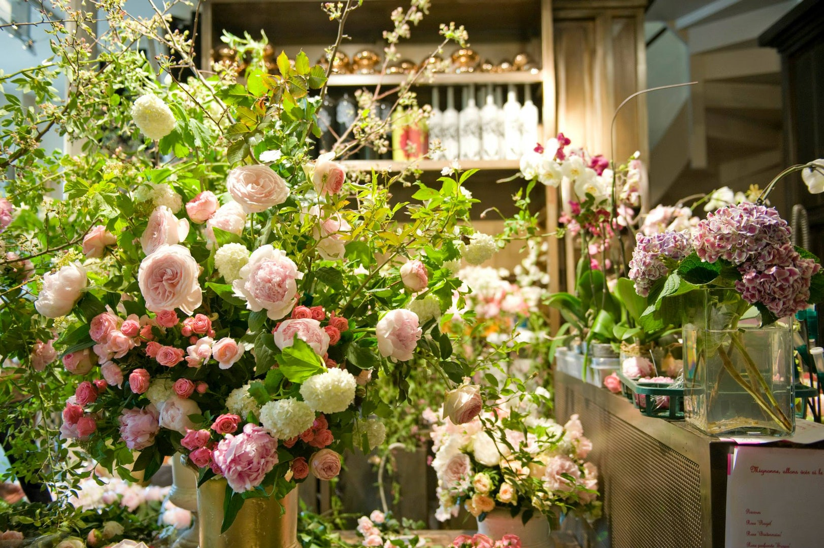 Flower boutique Paris