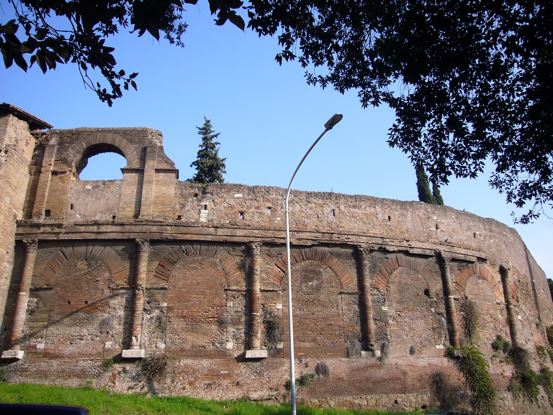 exterior of Amphitheatrum Castrense