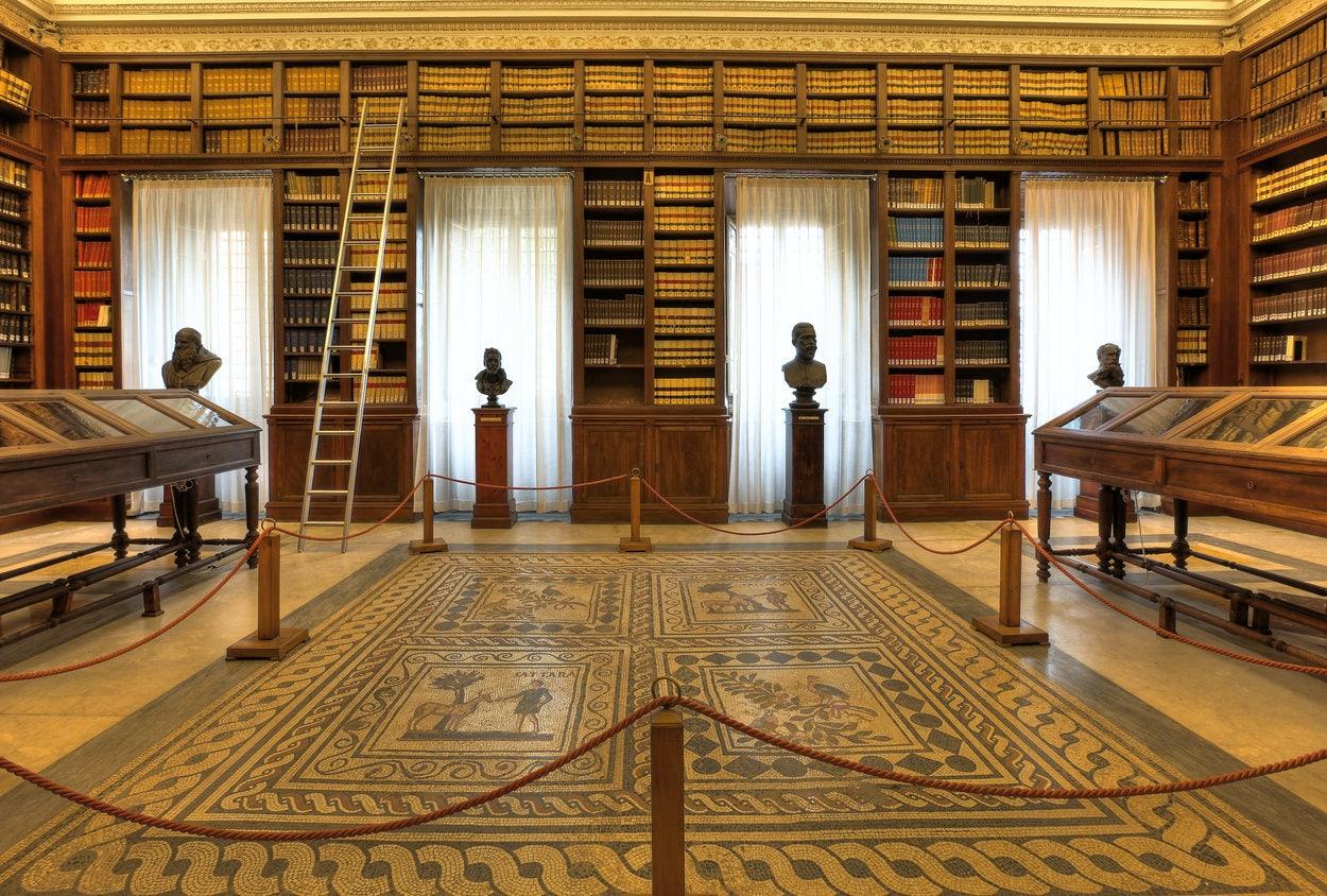 interior of Società Geografica Italiana