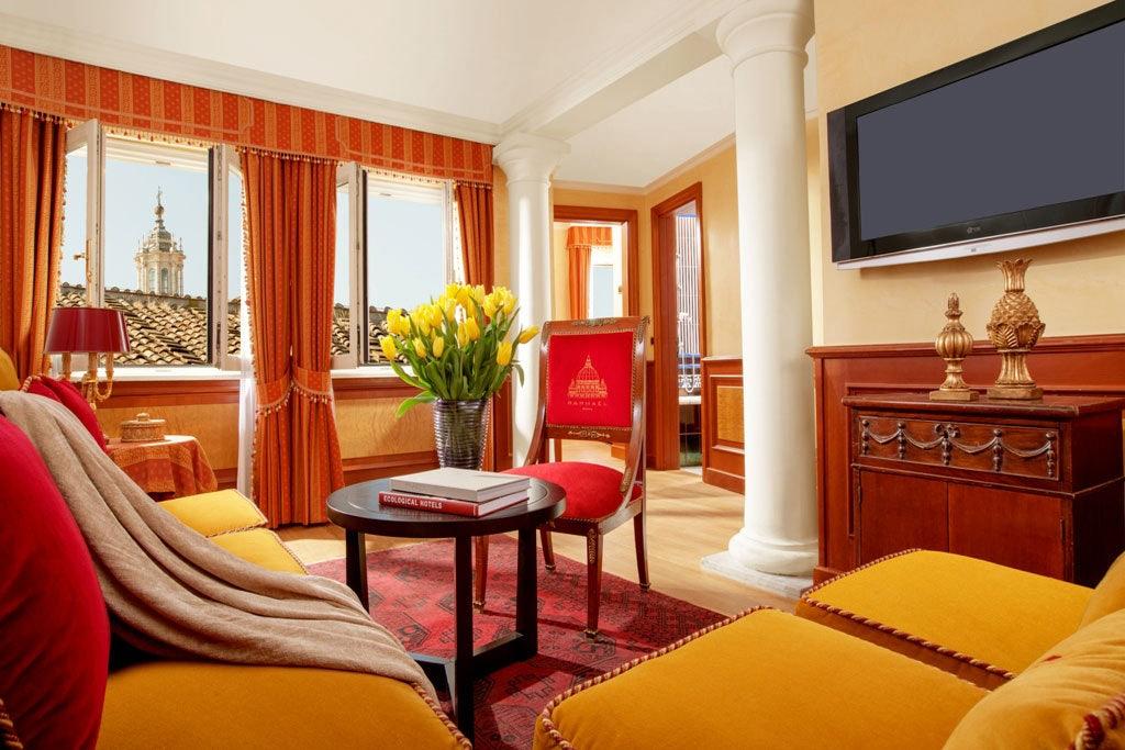 room interior at Raphaël Hotel