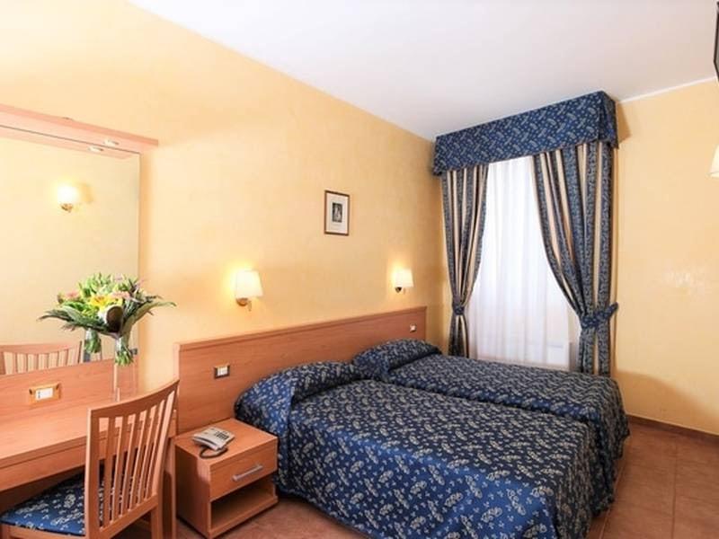 double room at  Casa di Santa Francesca Romana