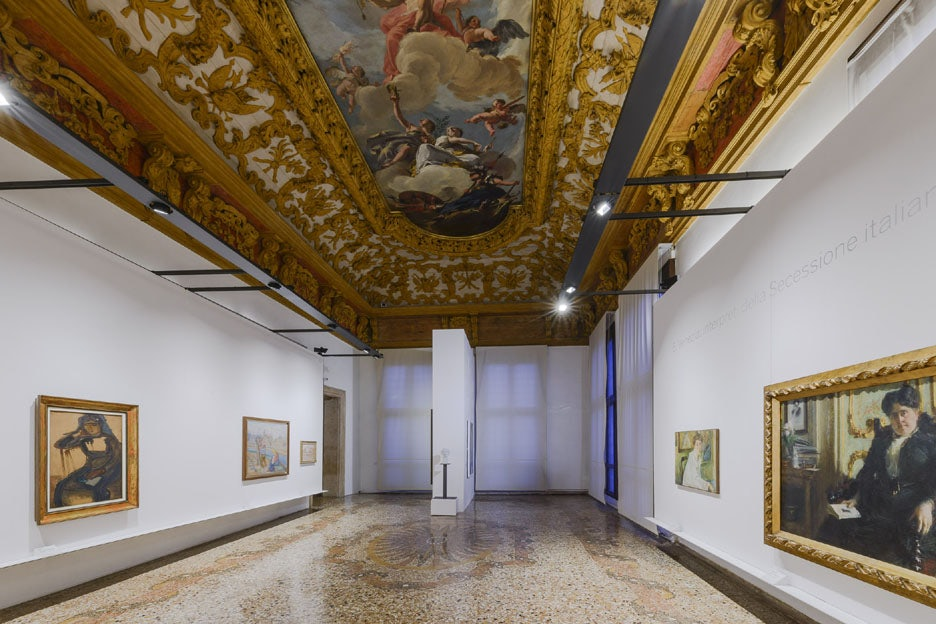 ceiling and interior of a room in Ca' Pesaro