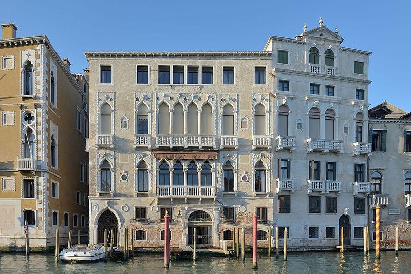 exterior of Palazzo Barbaro