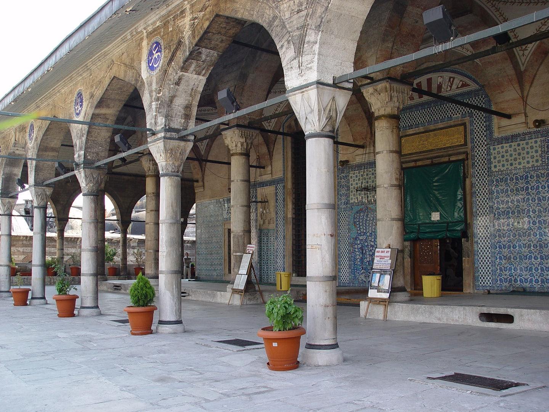 Rüstem Pasha Mosque with blue detailed tiles