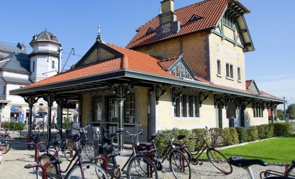 De Haan tram station