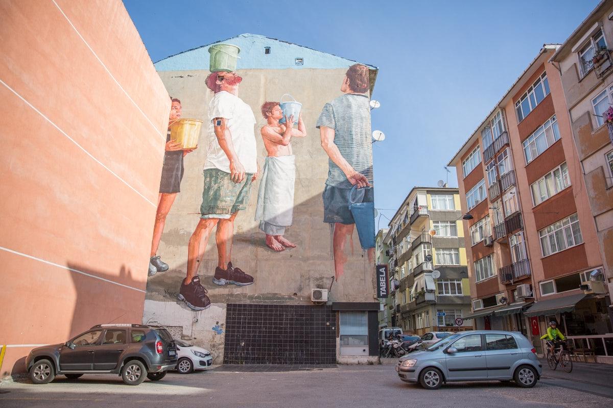big street mural at Yeldeğirmeni