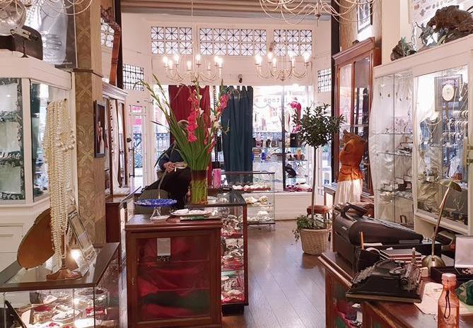 Rhinestone Jewellers shop