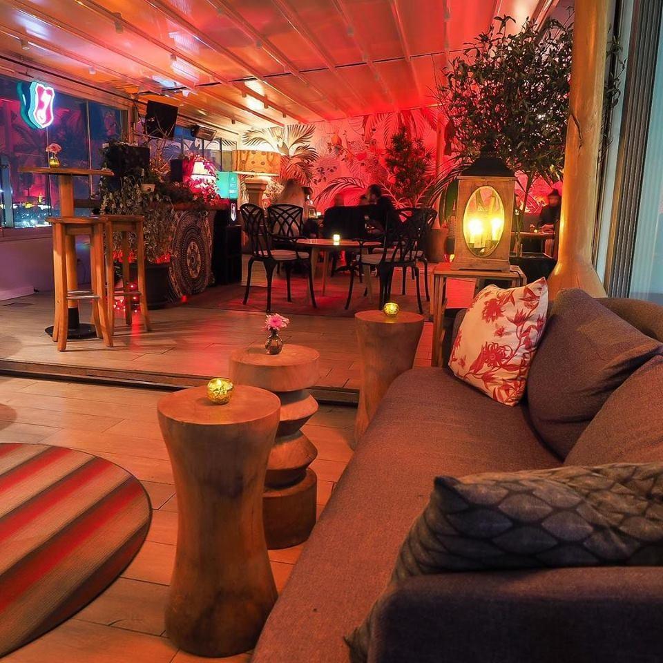 Mentha rooftop bar