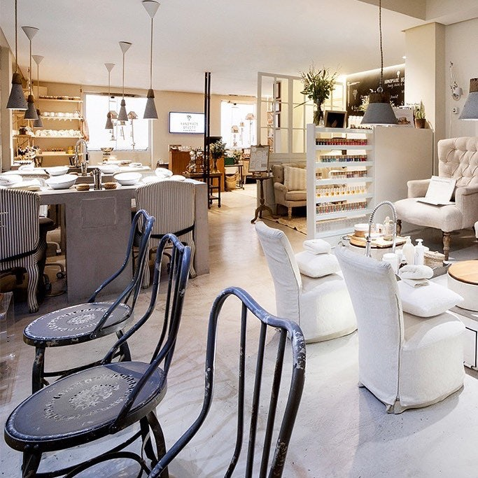 Handmade Beauty salon in Madrid