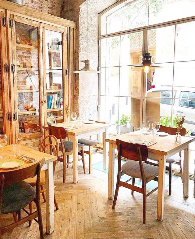 interior of Bar Galleta