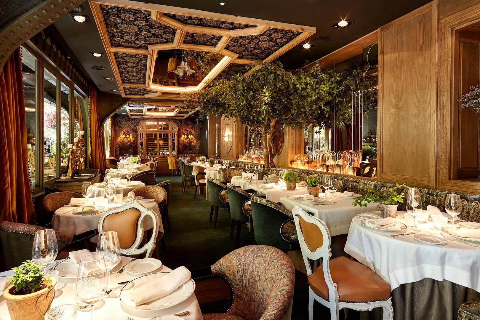 interior og  Numa Pompilio restaurant