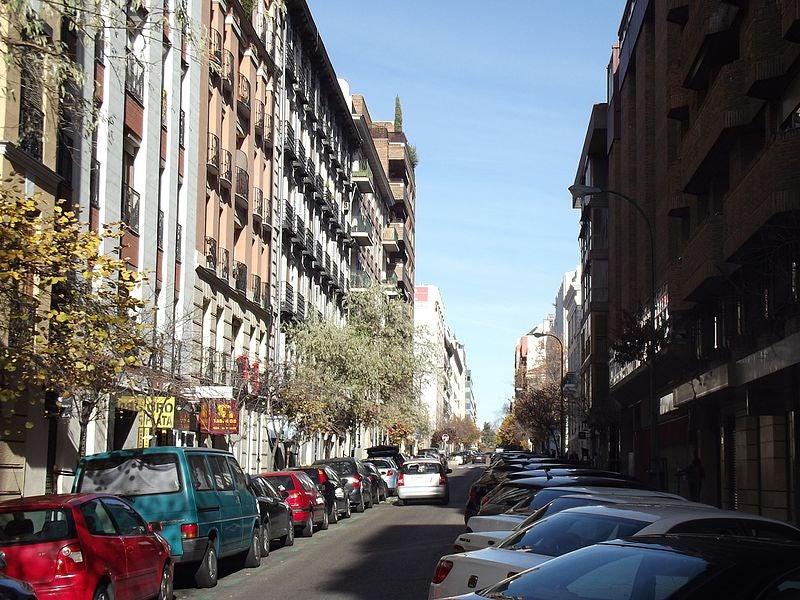 Calle Claudia Coello