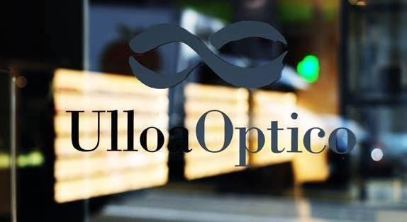 window of Ulloa Optico