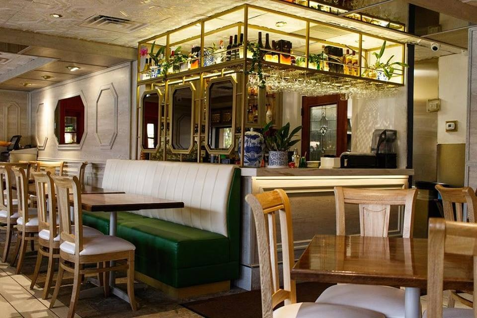 interior of Islas Canarias restaurant