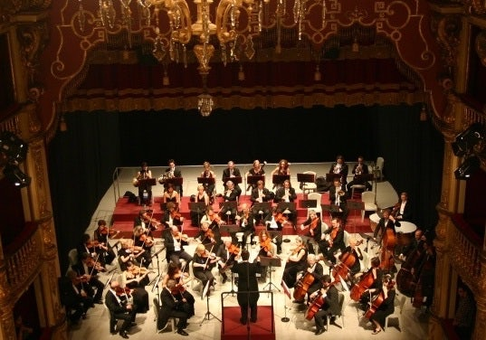 the Associazione ArteViva performing