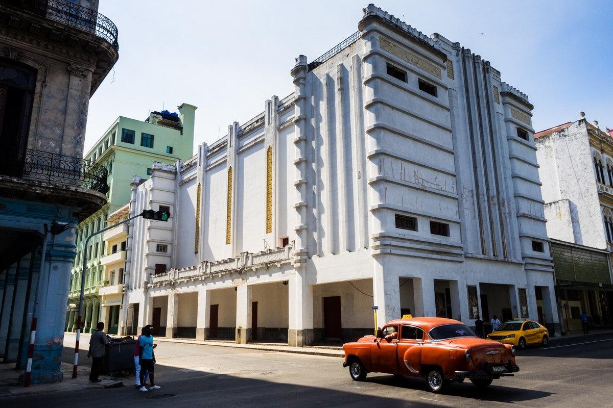 Teatro Fausto in Havana