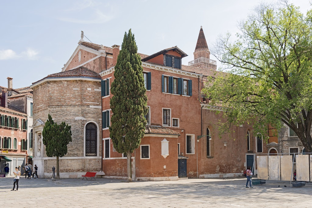 exterior of Church of San Polo