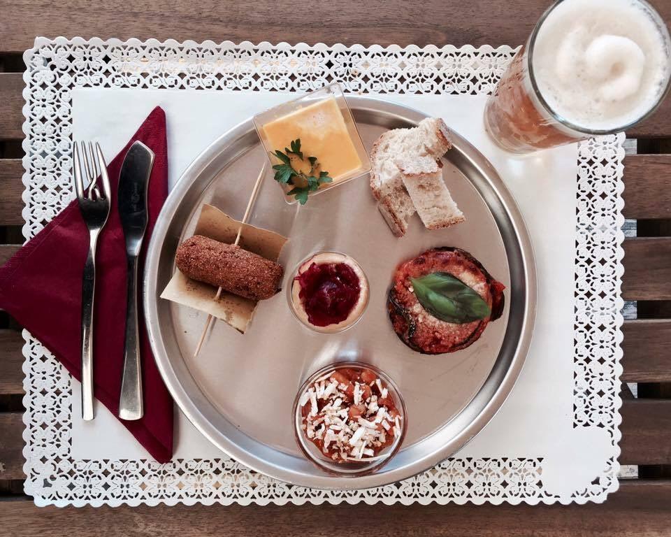a plate of aperitivo at Mozzico Rome