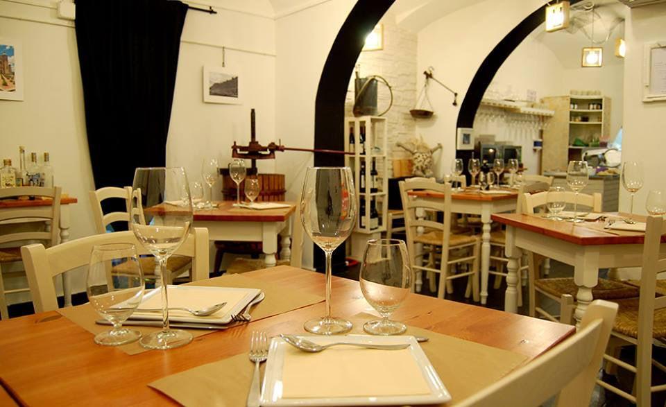 DOC&DOP restaurant interior