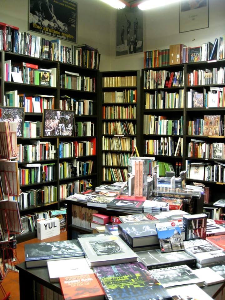 books at Libreria Fahrenheit 451