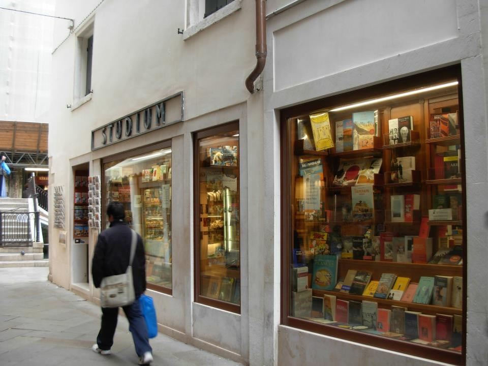 street front of the Libreria Studium store in Venice