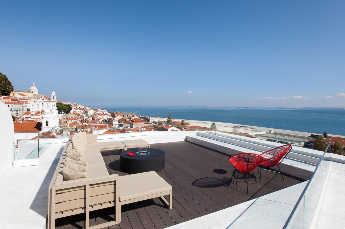 Lisbon - Memmo Alfama rooftop terrace
