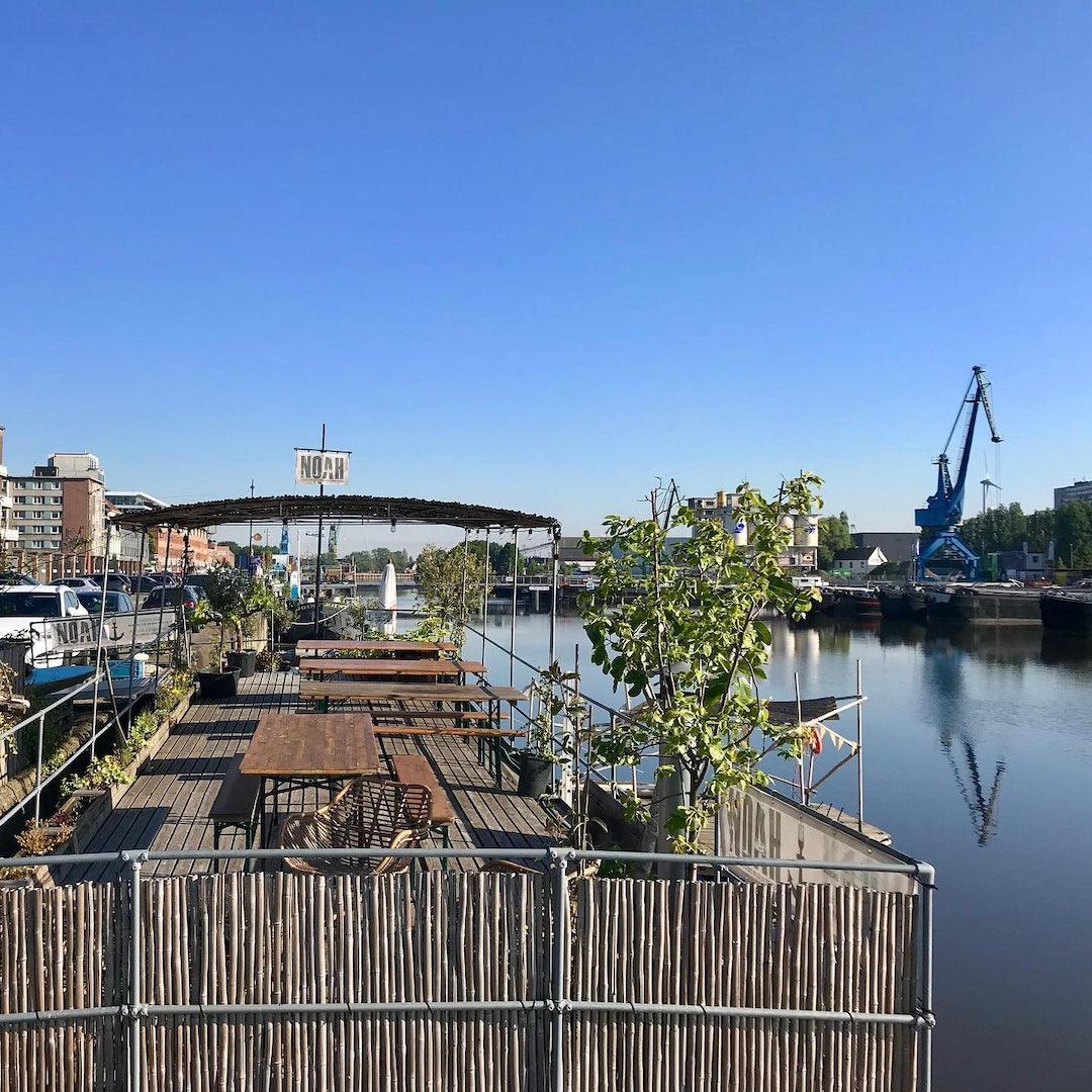 Ghent - Noah boat terrace