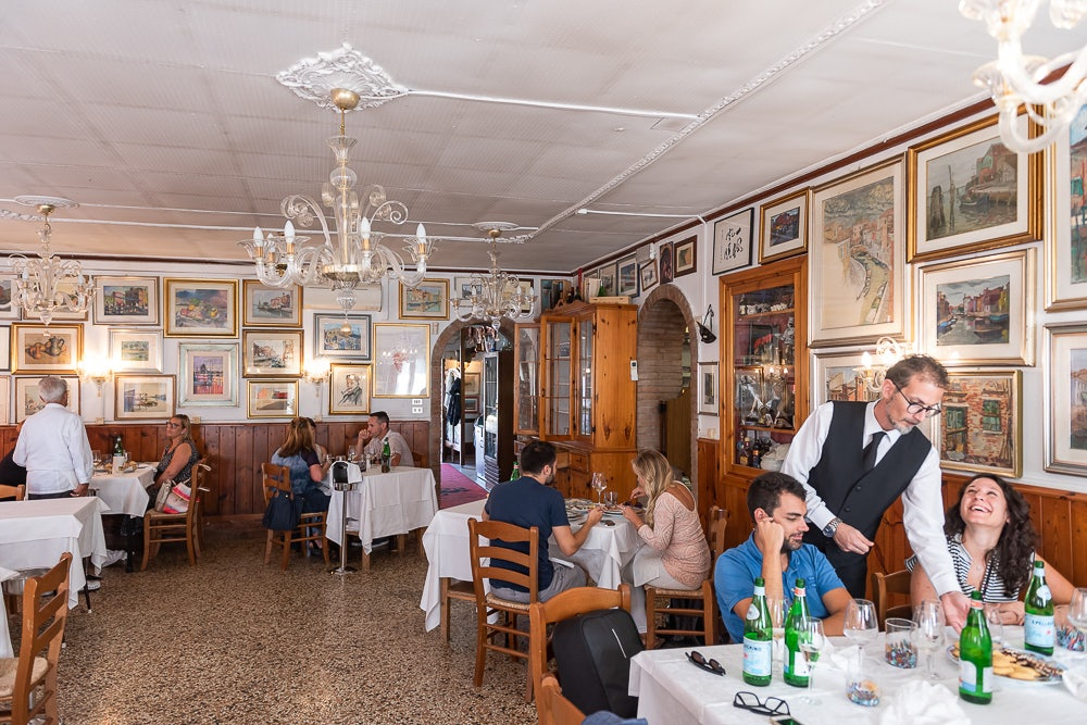 Venice - Trattoria al gatto nero interior