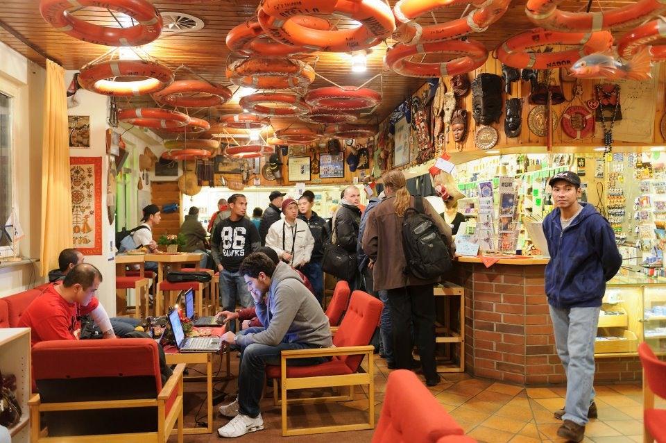 seamen visiting the Duckdalben Seamens Club in Hamburg