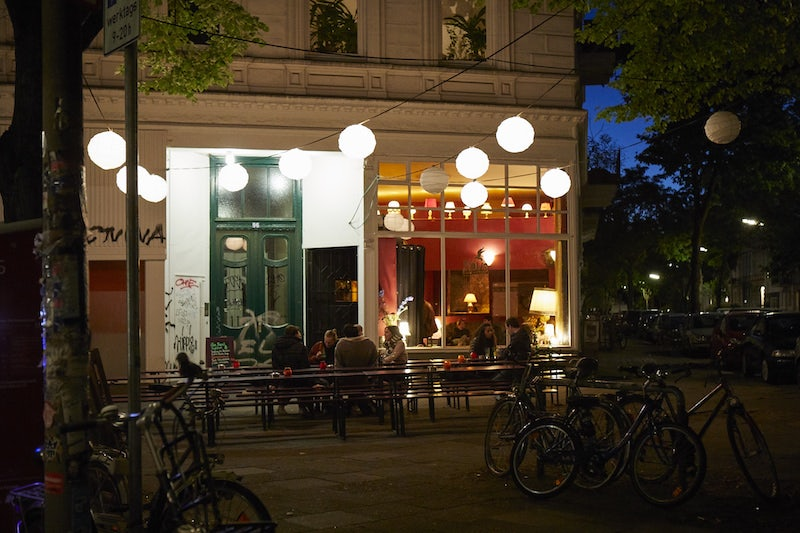 people enjoying a drink outside Möwe Sturzflug