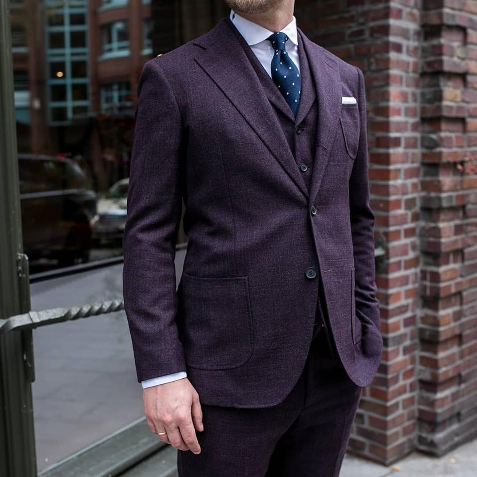 a dark purple-coloured men's suit from Rooks & rocks