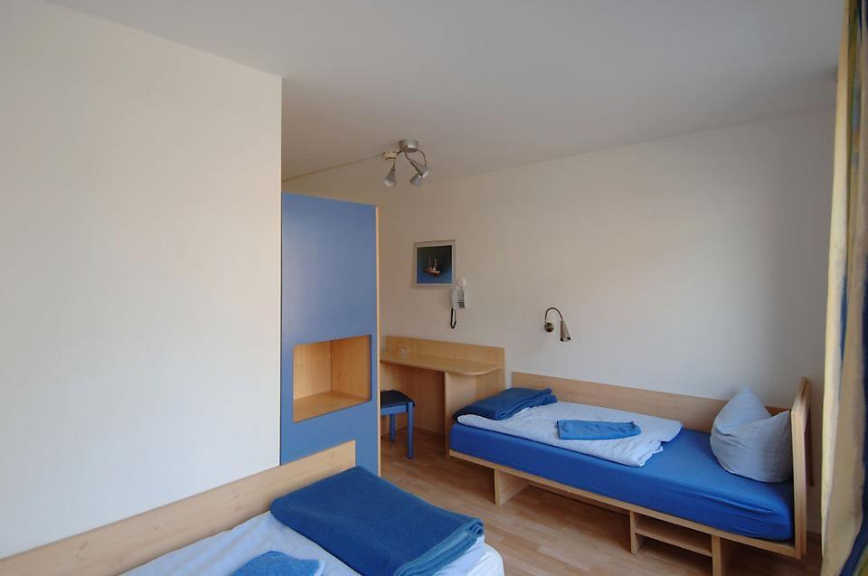 a double room at the Seemannsheim Hamburg