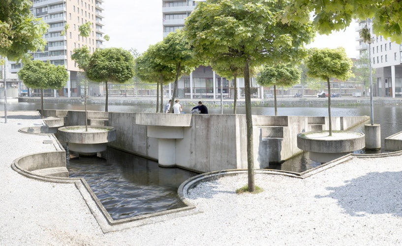 construction called park in het water in the Hague