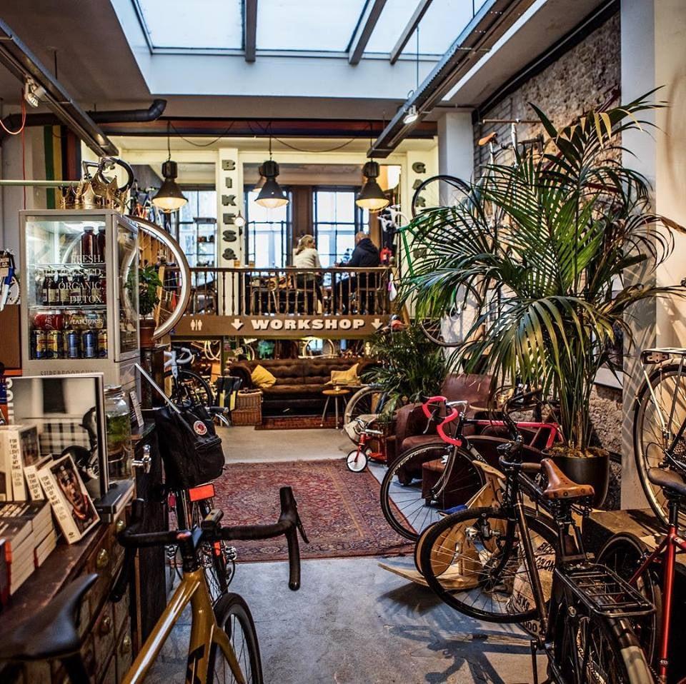 bikes and bar interior of Lolas bikes and coffee