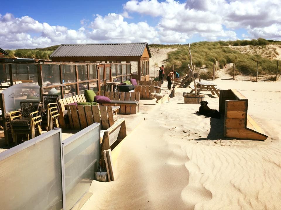 beach restaurant De Kwartel in The Hague