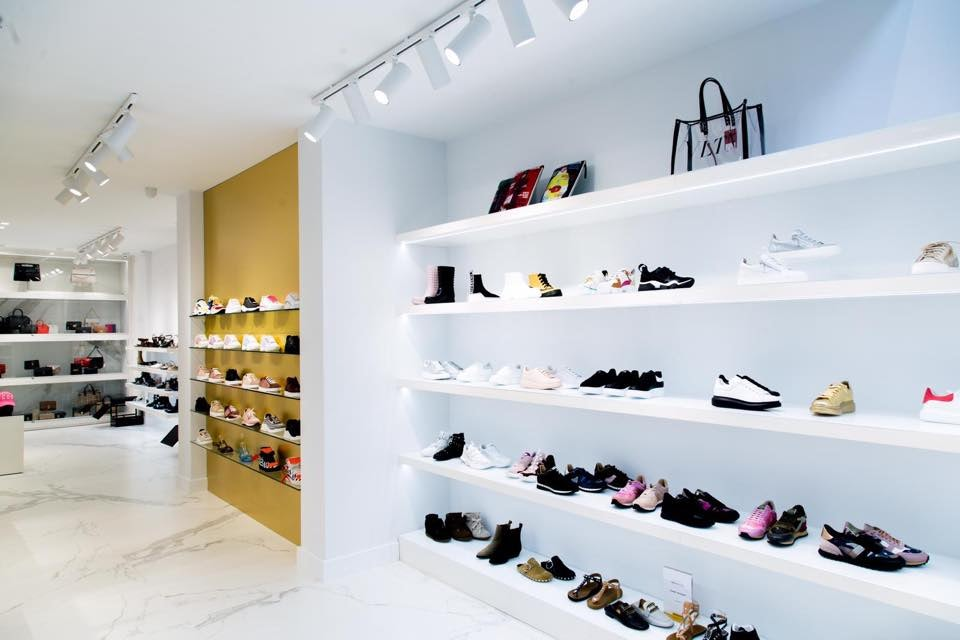 high-end shoe store De Rode Loper in The Hague