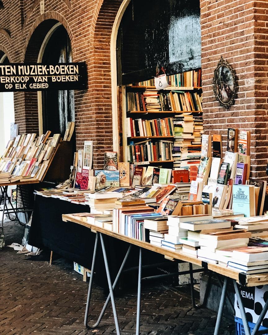 Amsterdam - Oudemanshuispoort book market
