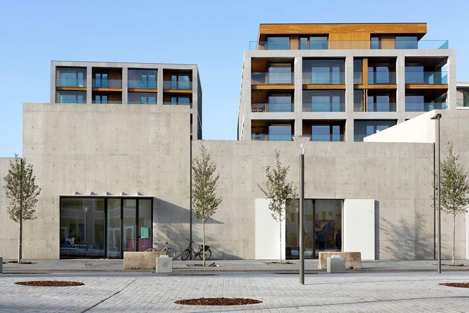 concrete brutalist building in the Nieuw Zuid district of Antwerp