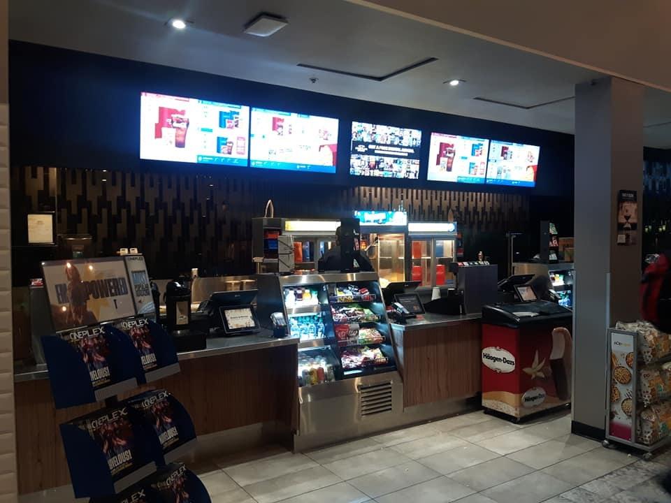 snackbar at  Fifth Avenue Cineplex