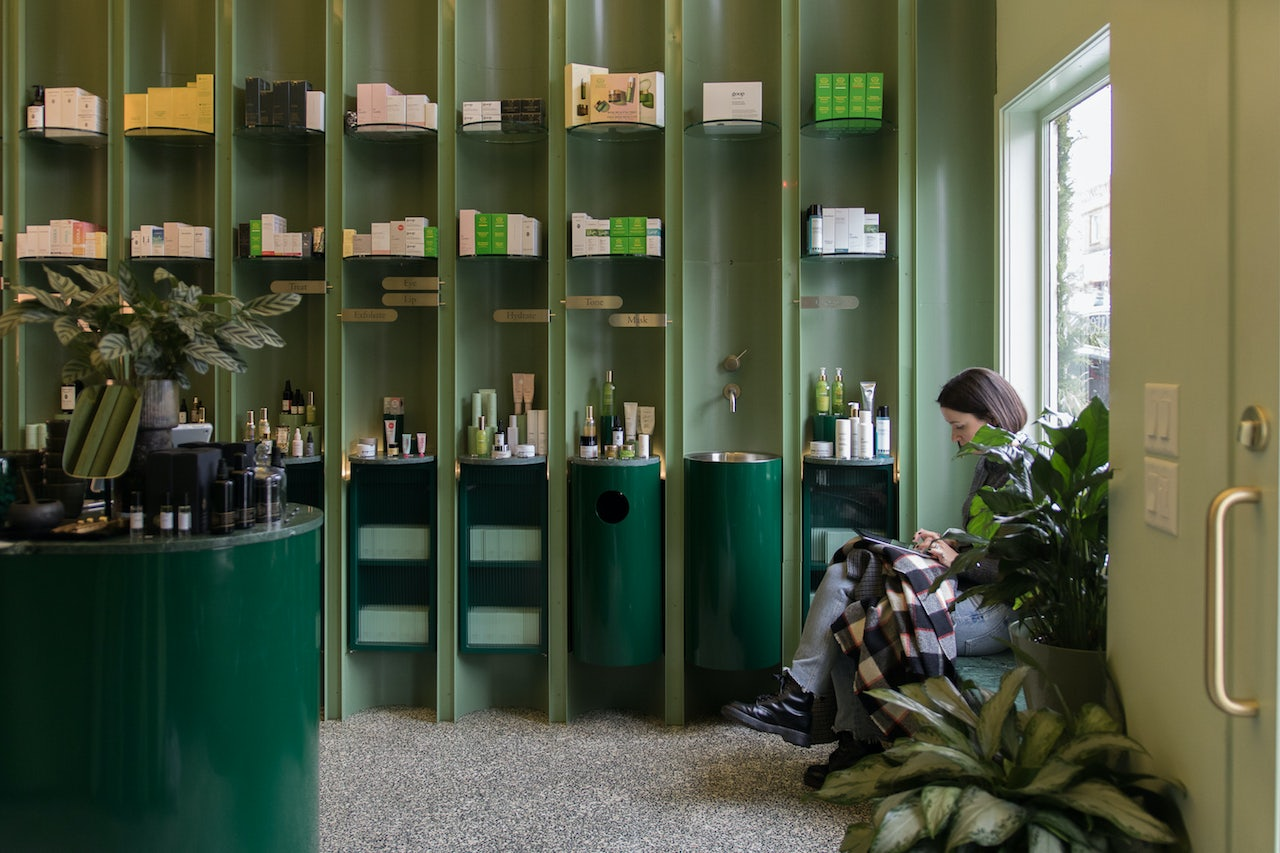 green interior of the Fig Spa in Vancouver