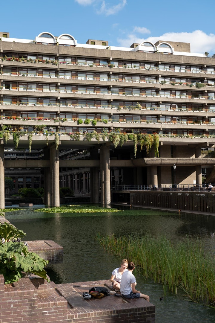 brutalist architecture of the Barbican London