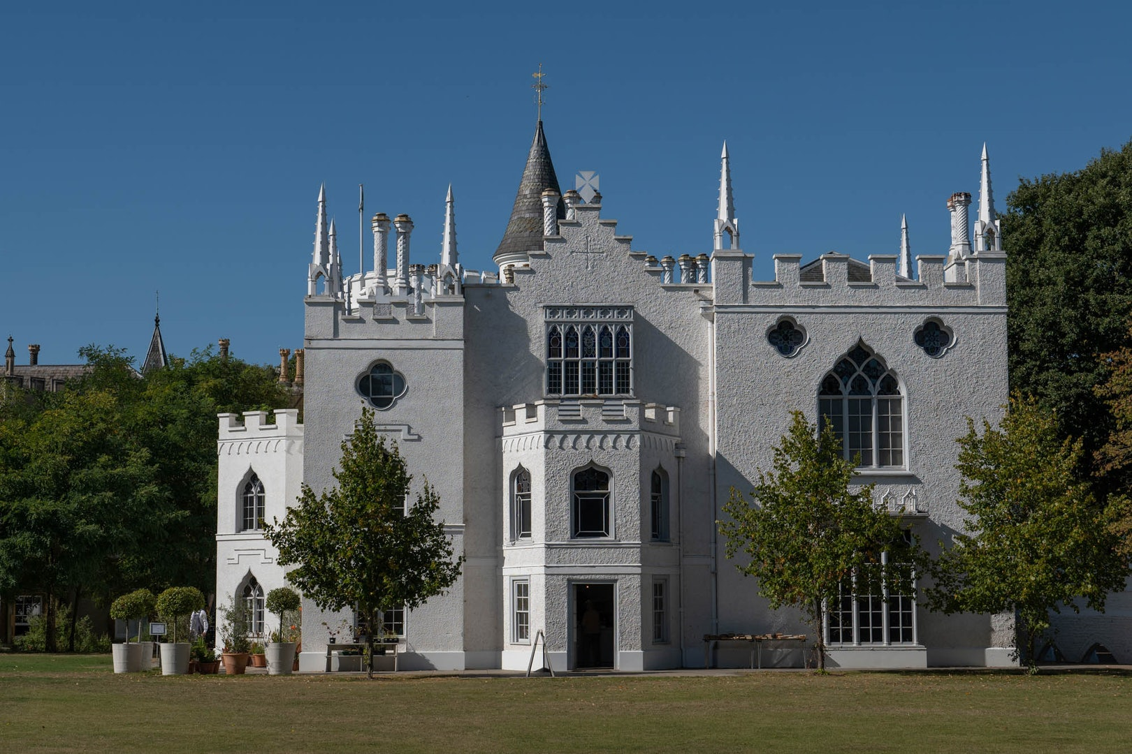 white exterior of the Strawberry Hill House London